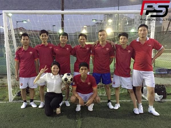 Sôi động giao hữu bóng đá giữa Cty Phú Sơn và Cty Thành Đồng