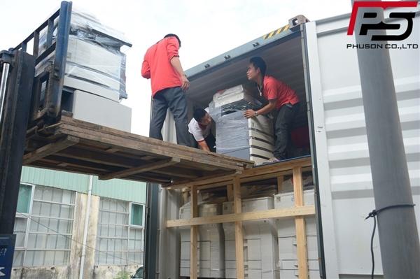 [UPDATE] Dỡ container hàng mới về kho ngày 21/10/2017